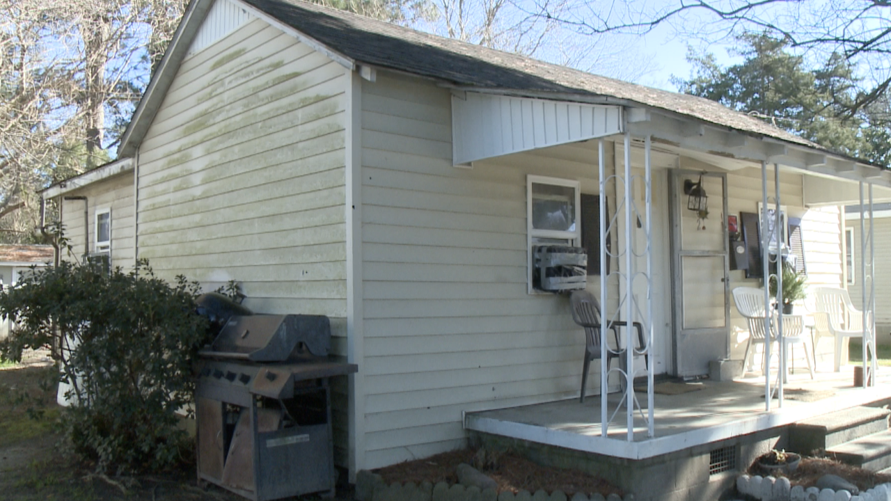 Elizabeth City man left 'frightened' after someone shoots into home while he'sinside