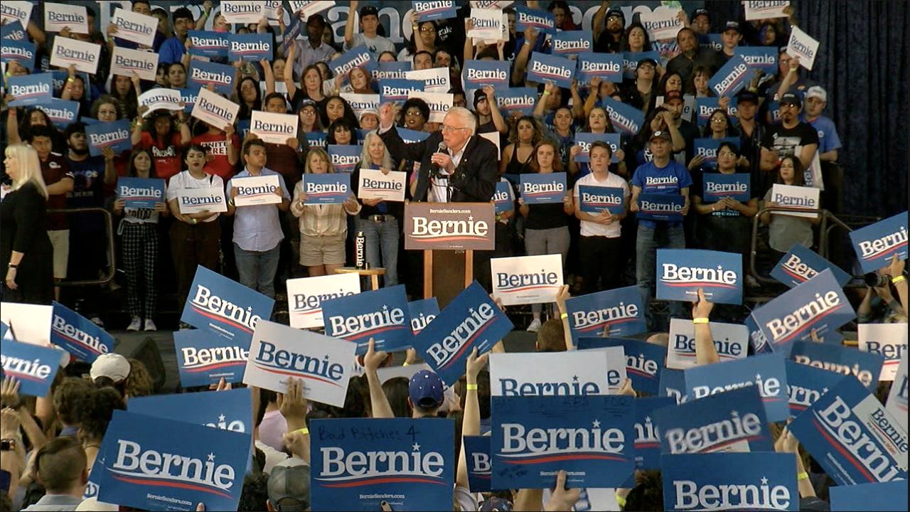 2020-03-06 Sanders in Phoenix 2.png