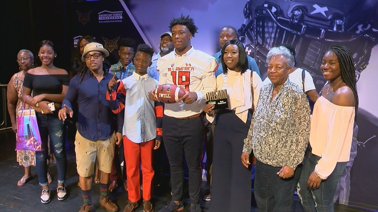 Godby's Tarian Lee, Jr. Receives Honorary Under Armour All-America Jersey