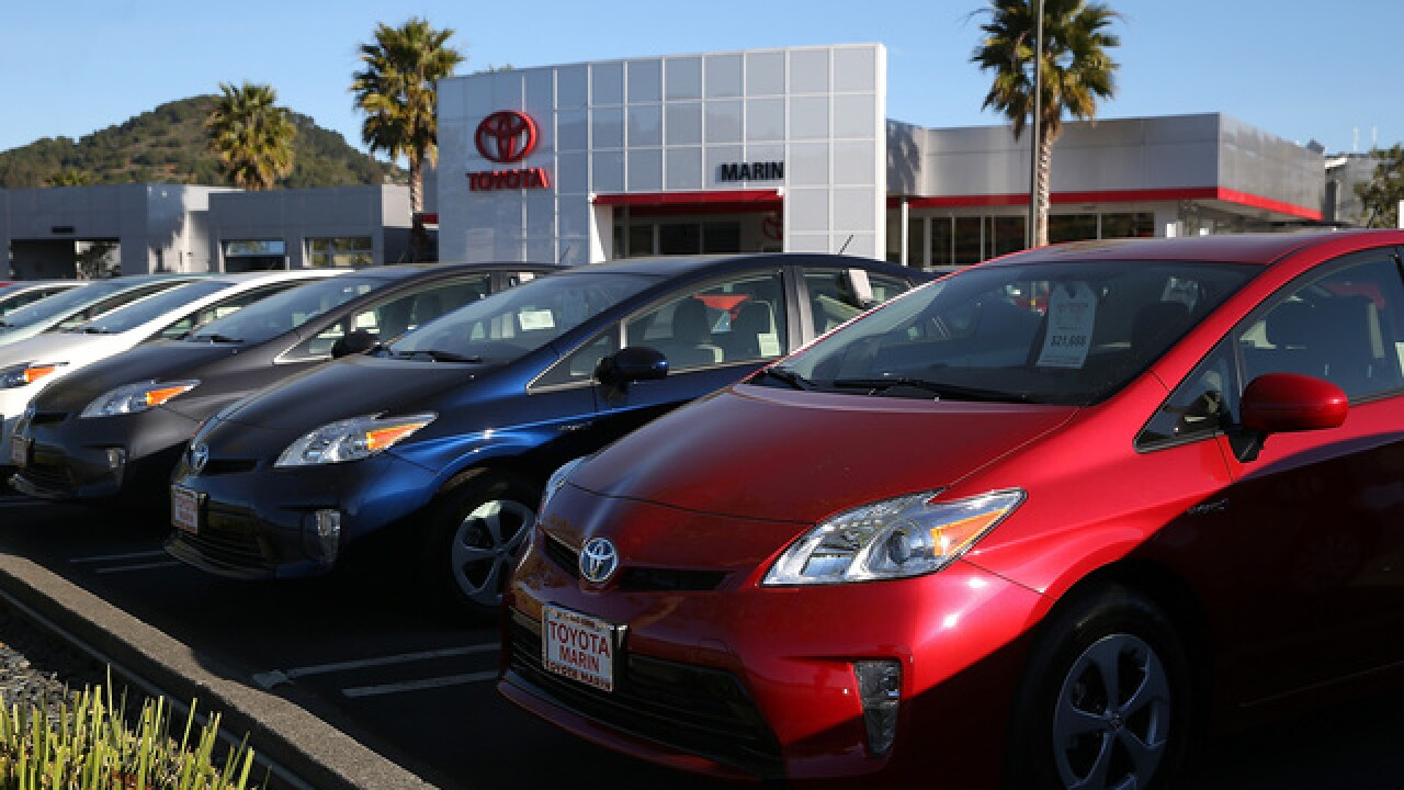 Car insurance rates much higher in minority areas, report says