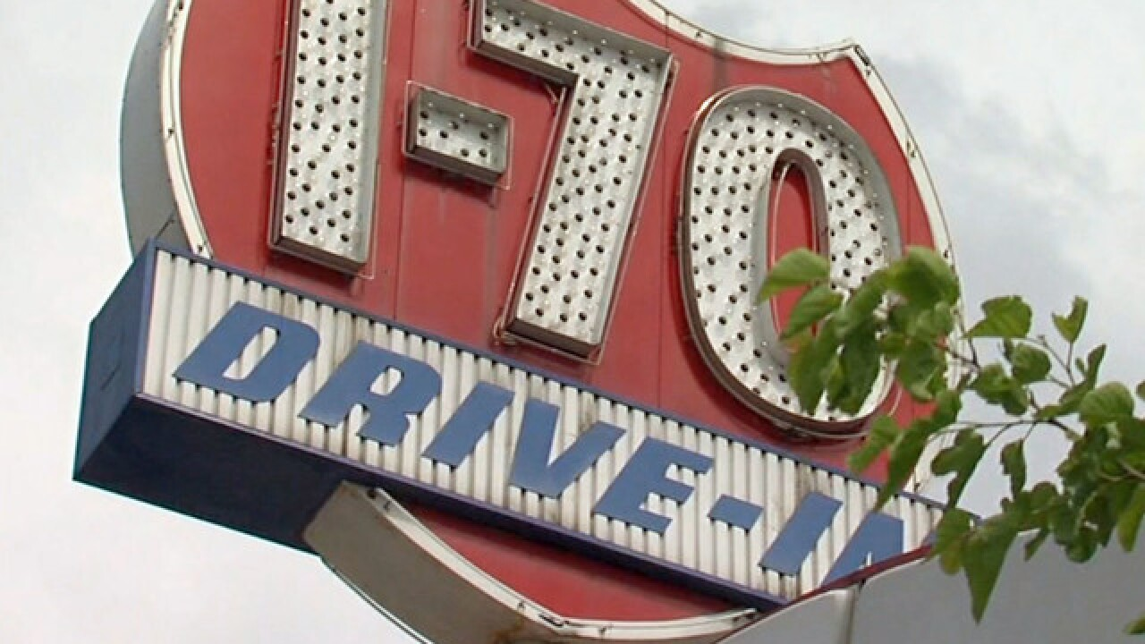No new showings: B&B Theatres closes I-70 Drive-In
