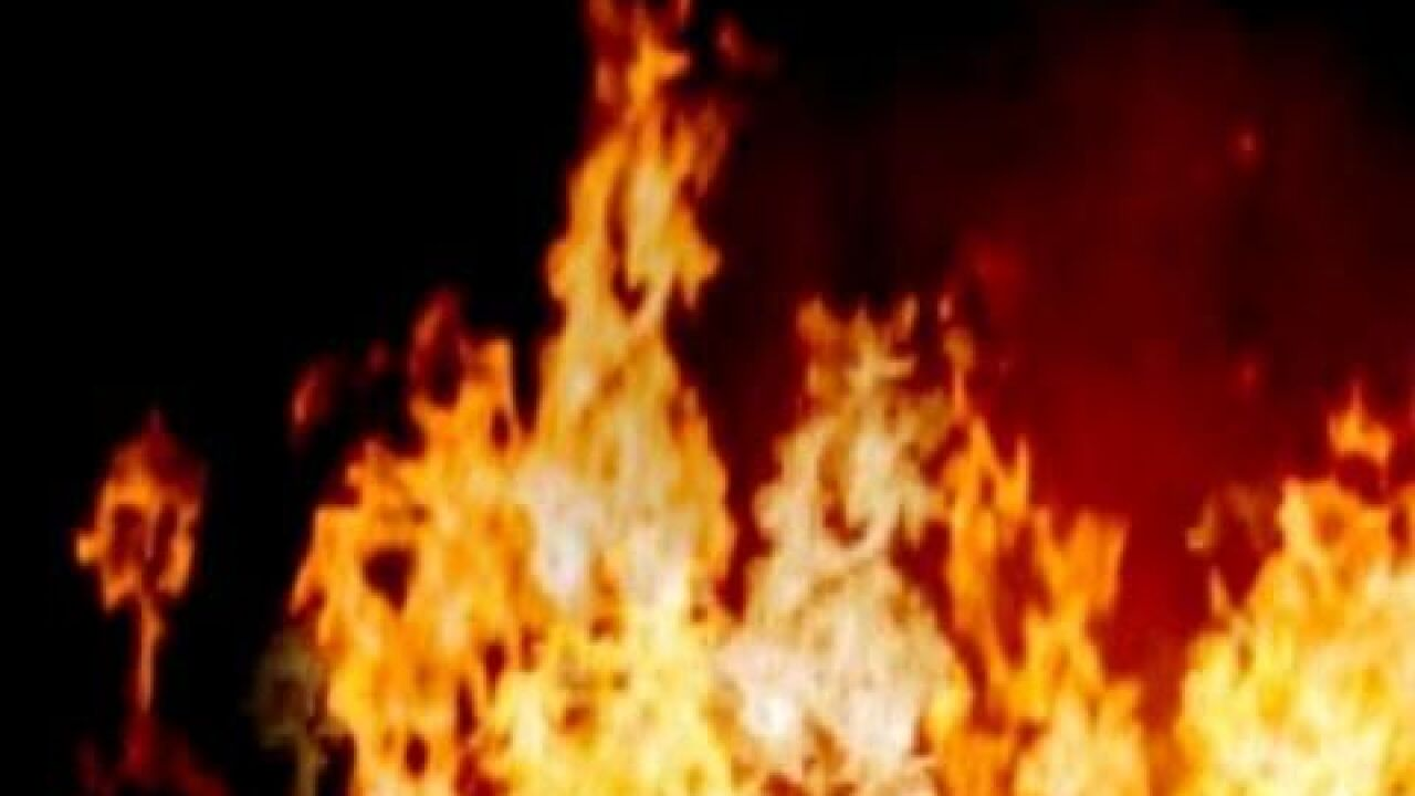 Falls County man dies trying to put out fire