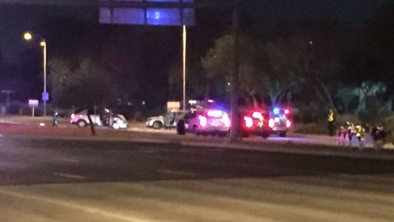 Chandler Police: 5 people injured in head-on car accident
