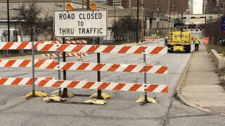 illinois street closed.jpg