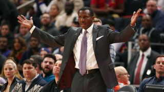 Pistons fizzle down the stretch, fall to 76ers