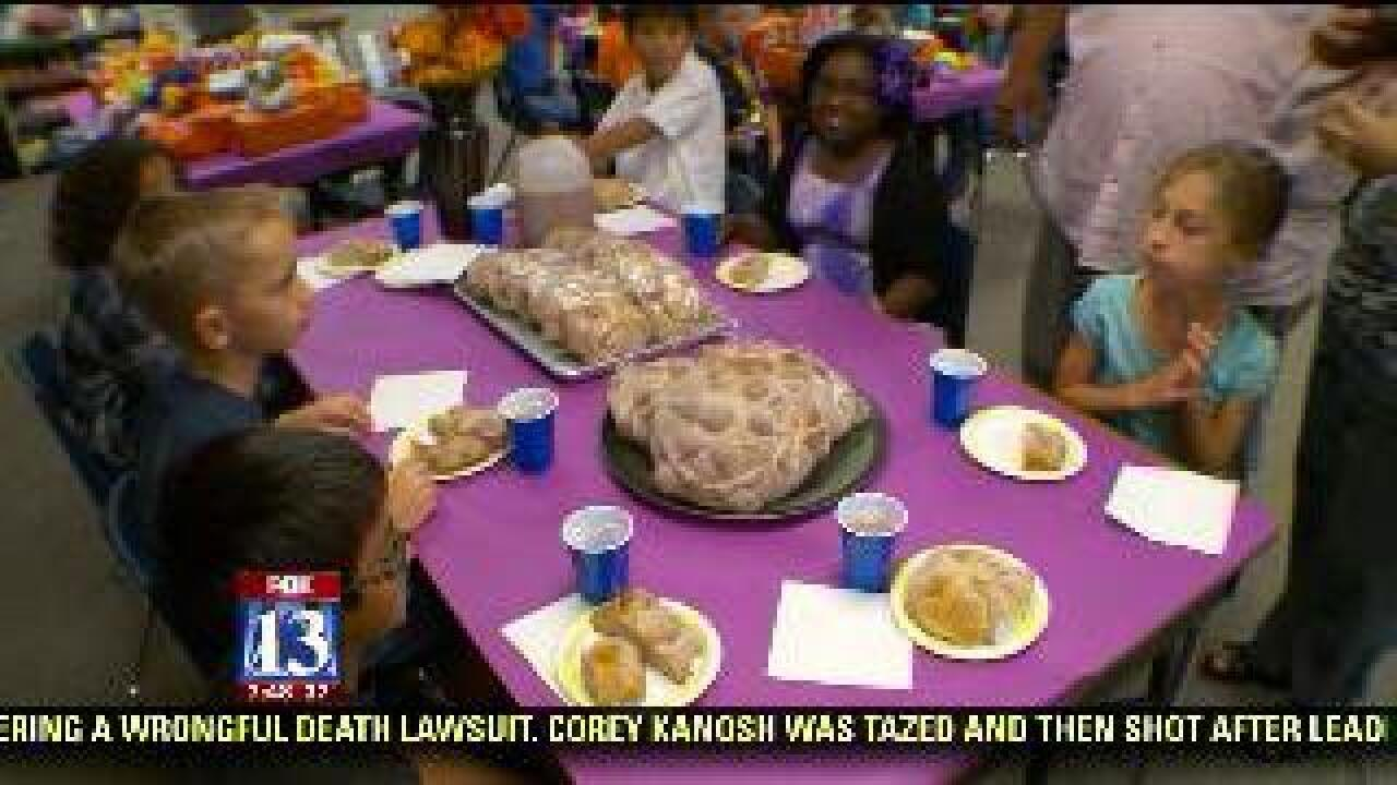 Bilingual class celebrates 'Day of the Dead'