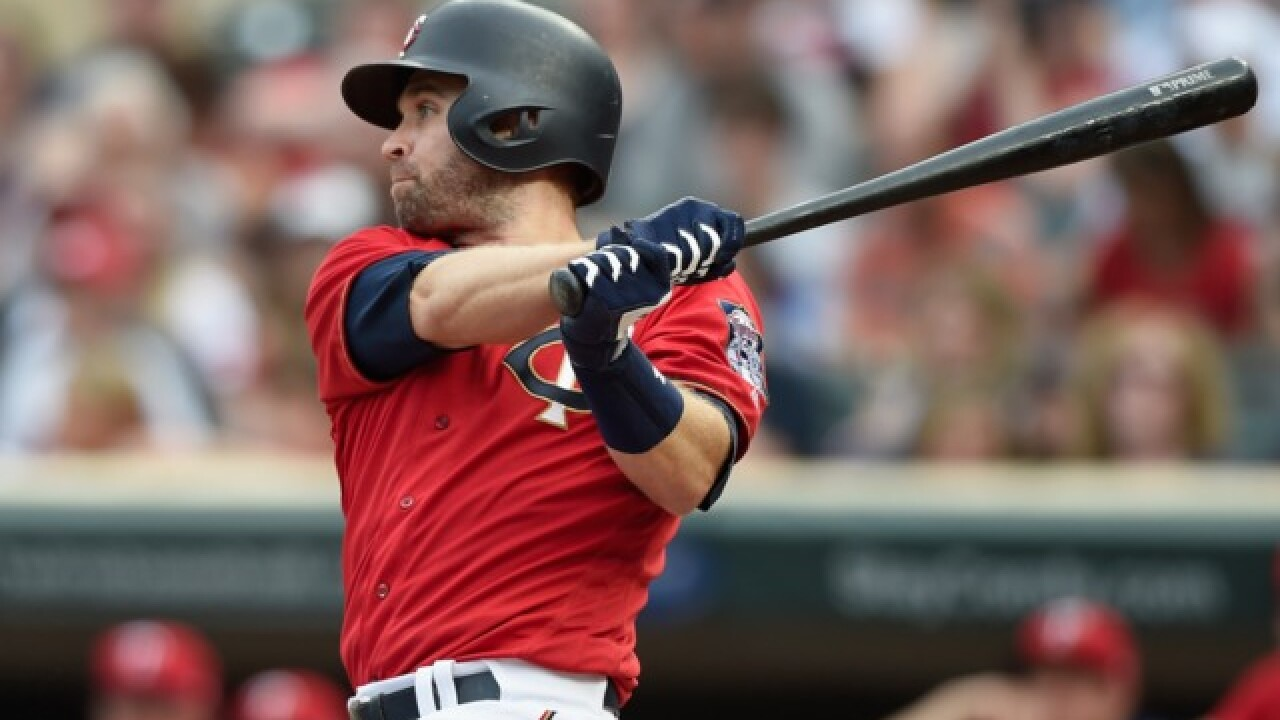 Report: Brewers expected to target Twins' Brian Dozier