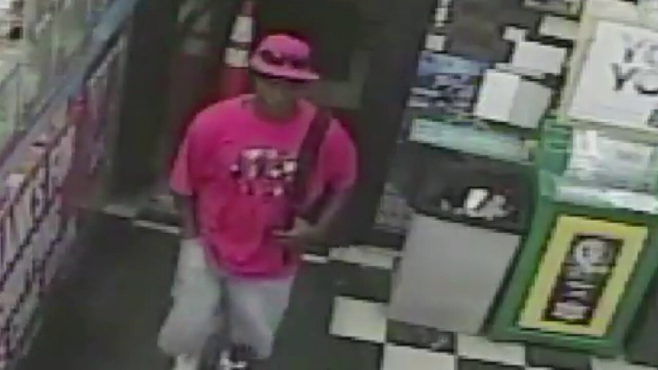 Man accused of robbing woman sitting in her car in downtownRichmond