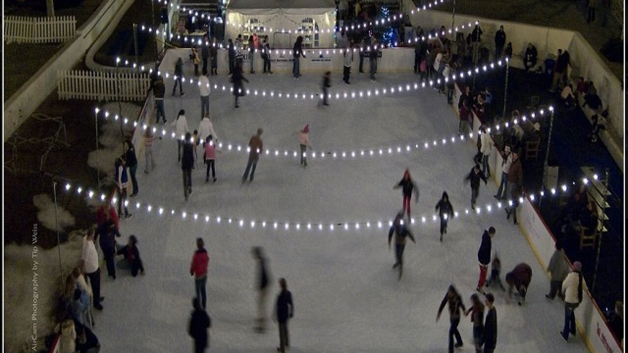 New outdoor skating rink opens in downtown Noblesville