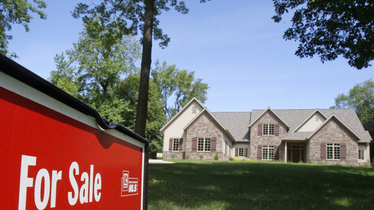 US mortgage rates fall to lowest on record; 30-year loan at 2.72%