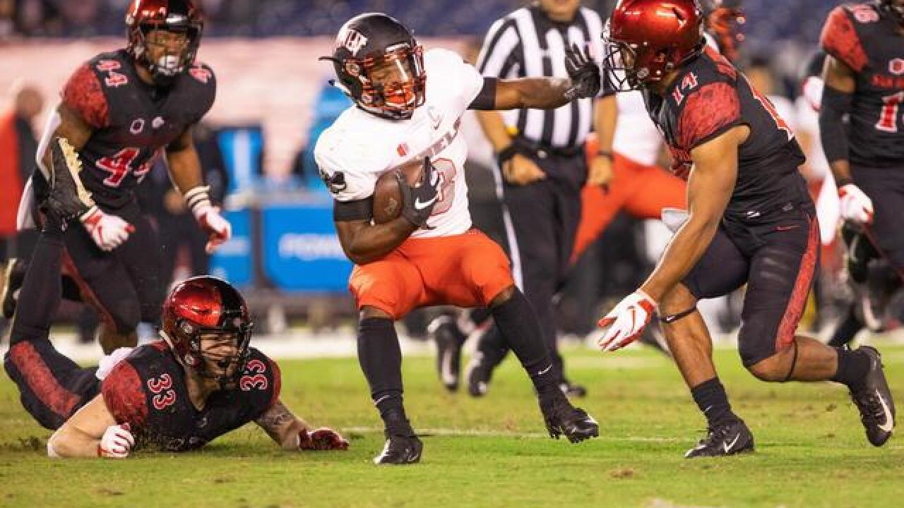 Aztecs fourth-quarter collapse leads to 27-24 loss against UNLV