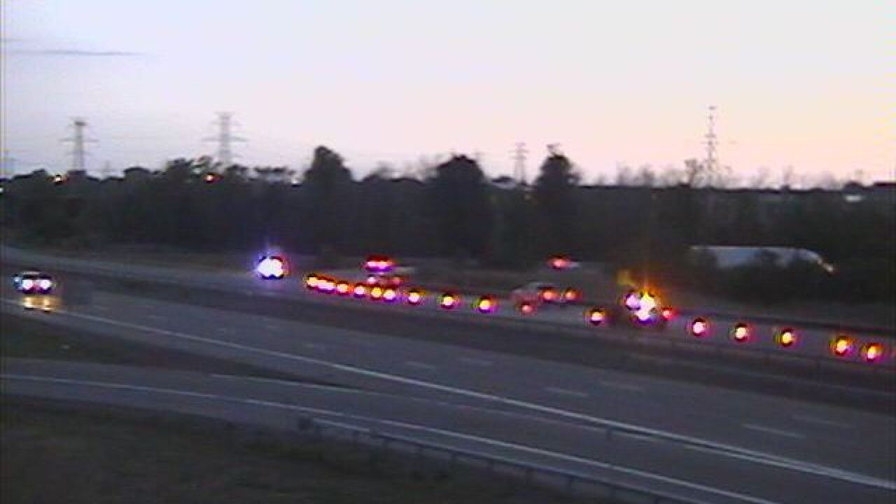 Accident closes I-290 West beyond Exit 5