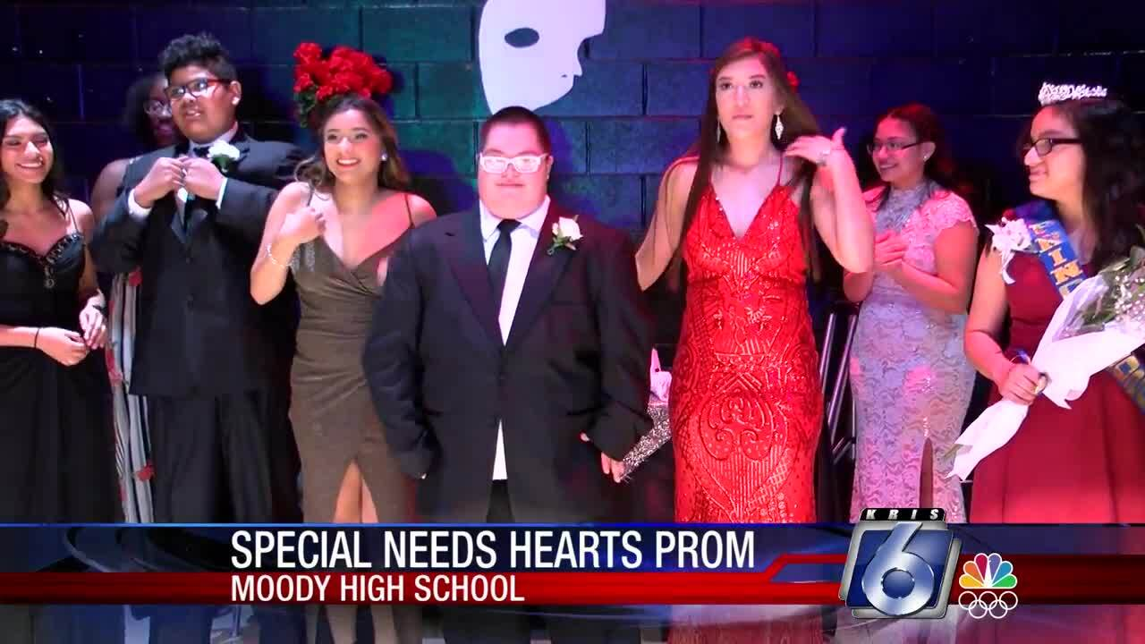 Special Needs Special Hearts Prom at Moody High School