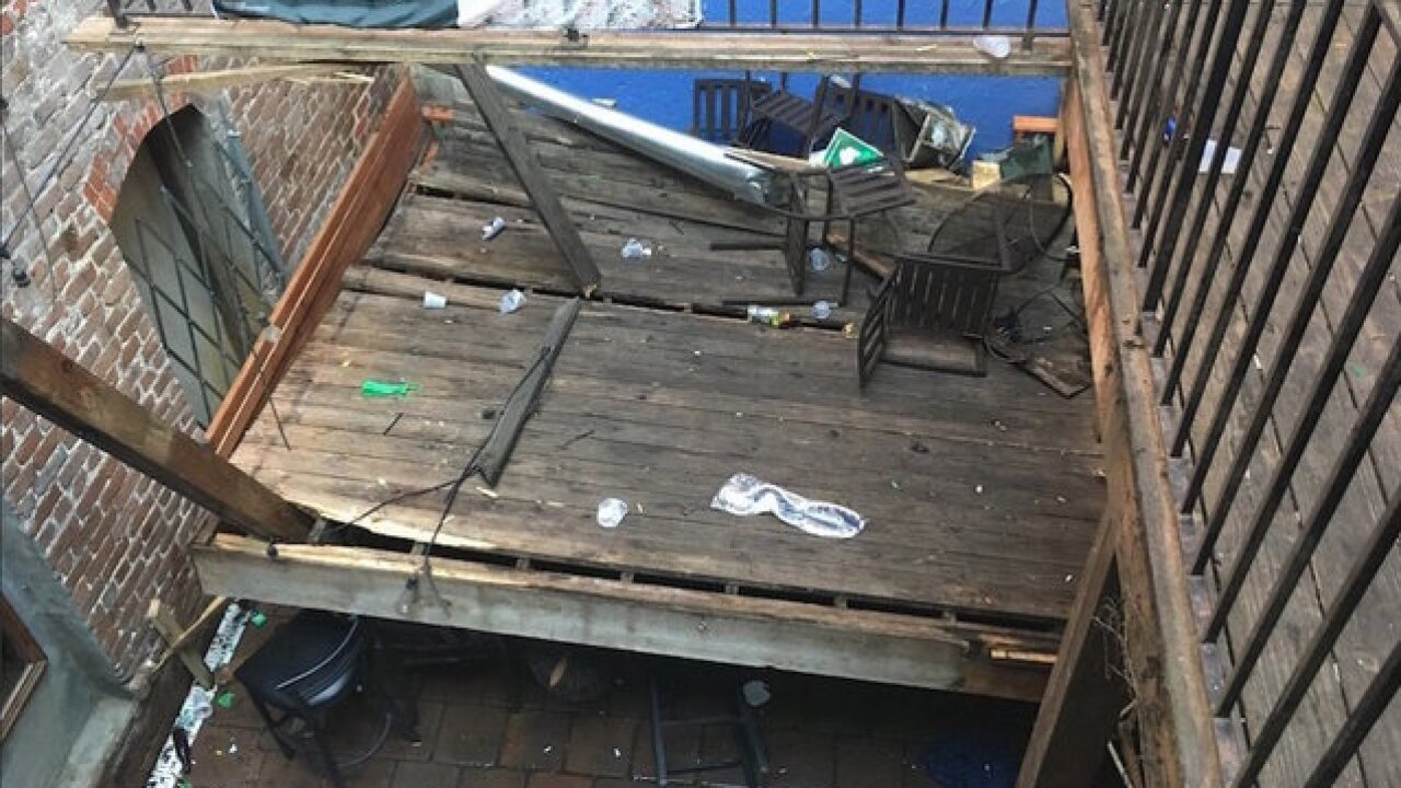 Deck collapse at Georgia bar injures 14, two seriously