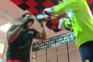 Former professional boxer helping rising Milwaukee teen get to the 2024 Olympics