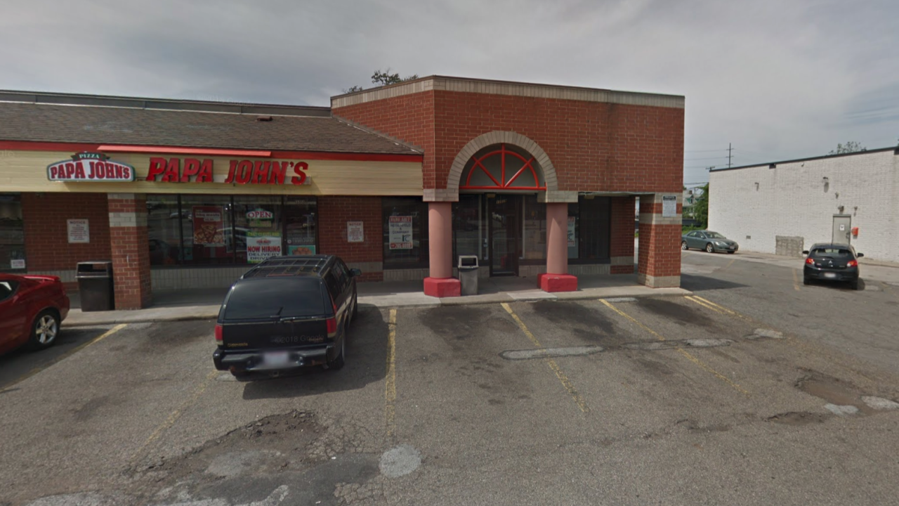 Papa John's delivery driver shot, killed on Cleveland's East Side