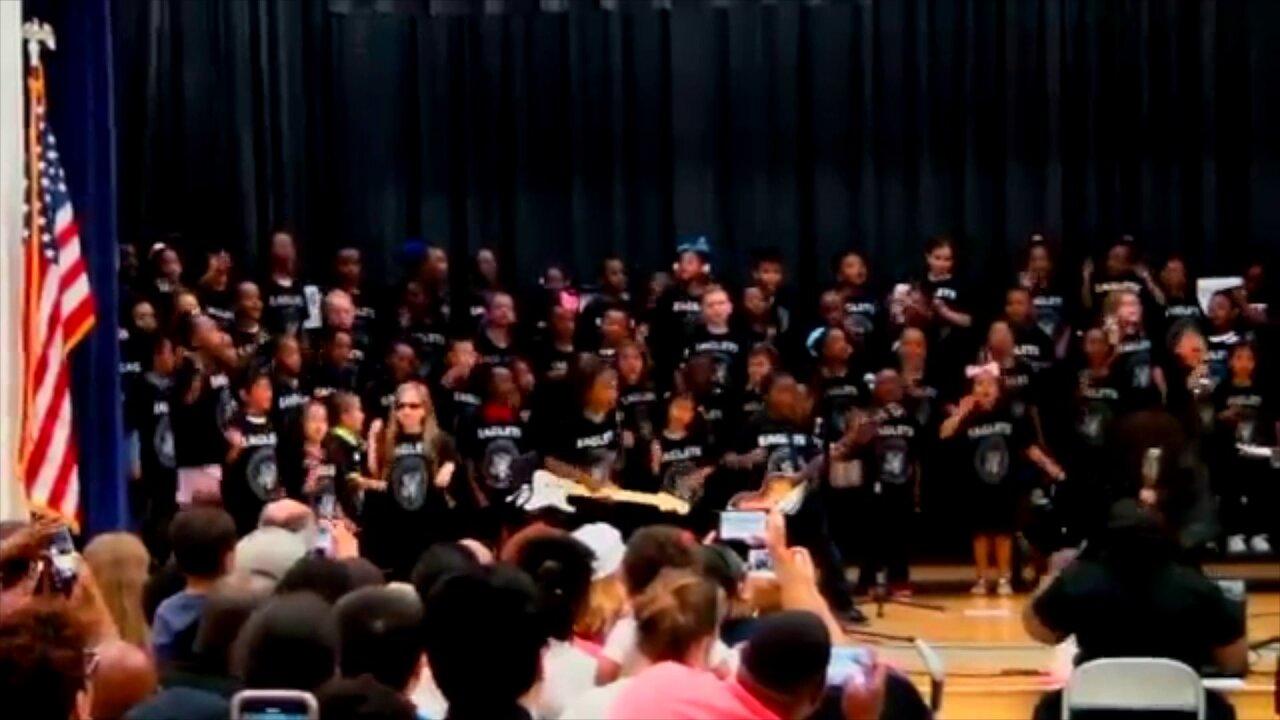 Virginia Beach elementary school students take audience to 'Rockaway Beach' in viralperformance