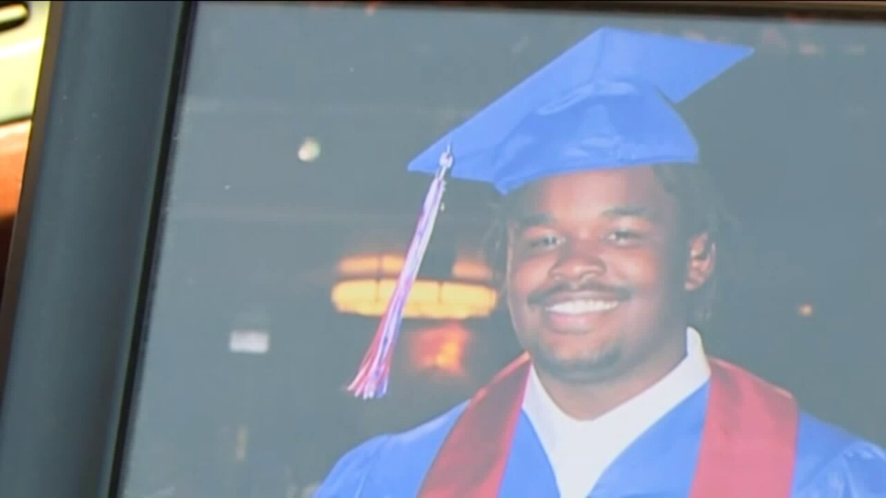 Police identify teen killed in Chesterfield parkinglot