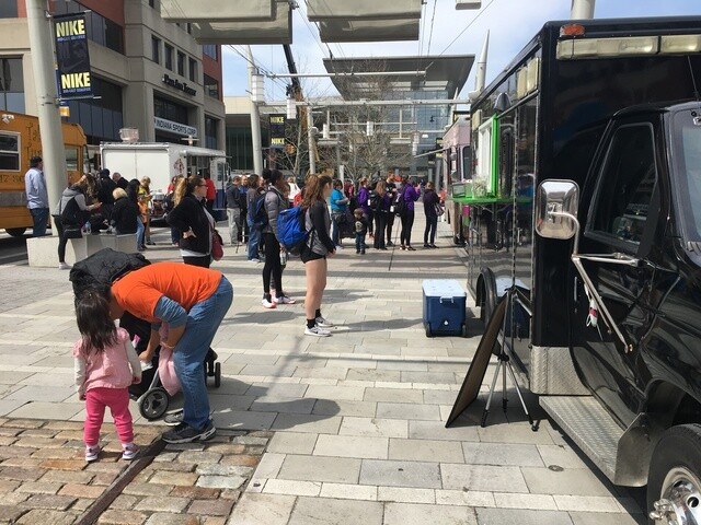 PHOTOS: Food truck frenzy on Georgia Street