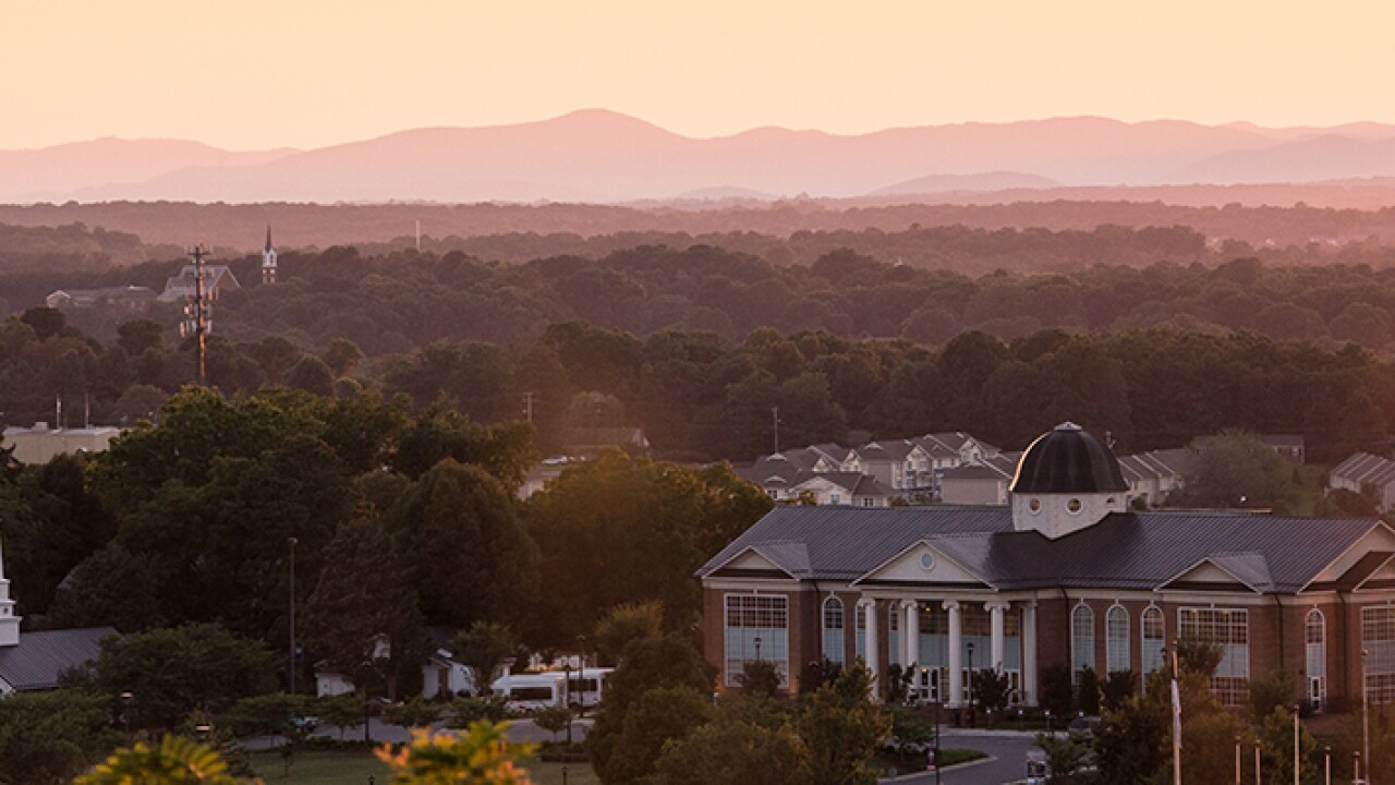 Liberty University alumni to return degrees in protest