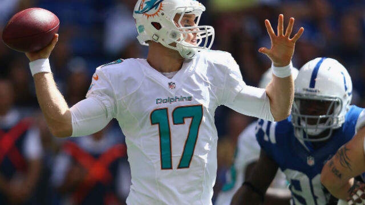 Dolphins' Tannehill to miss Packers game with shoulder injury
