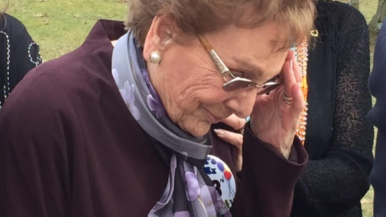 Ohio woman, 93, receives high school diploma