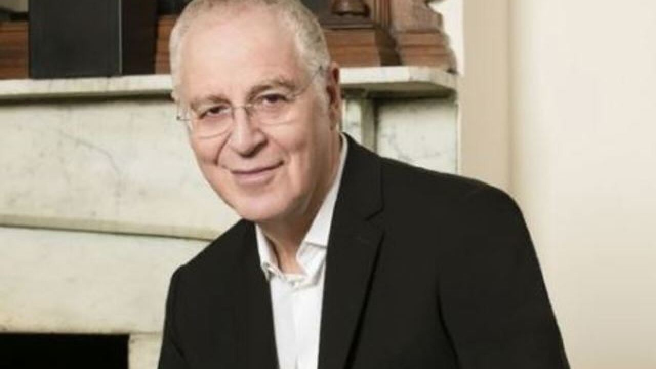 Ron Chernow to speak at White House correspondents' dinner