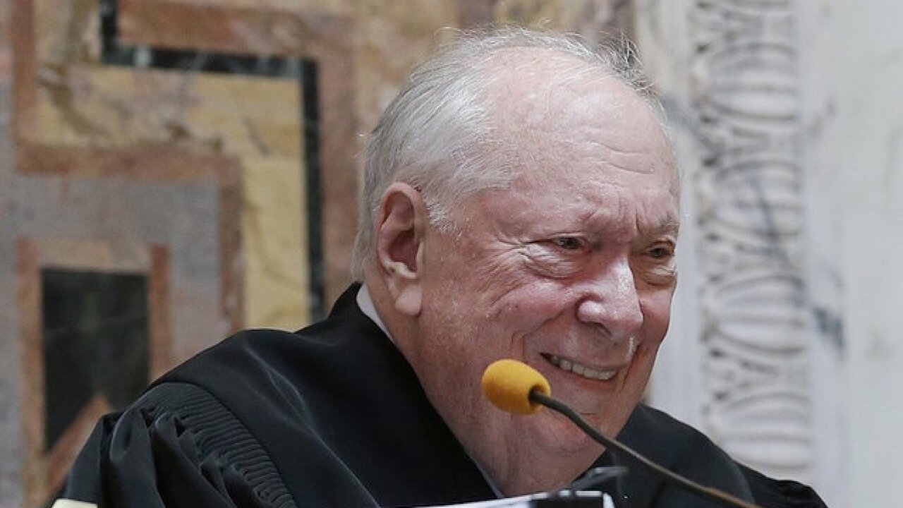 Judge Stephen Reinhardt dies; weighed in on Proposition 8, travel ban