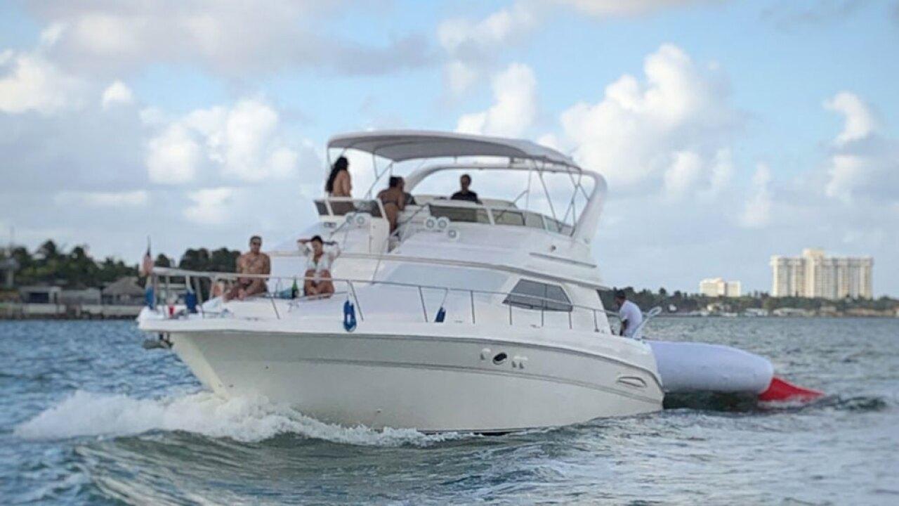 wptv-twerk-boat-.jpg