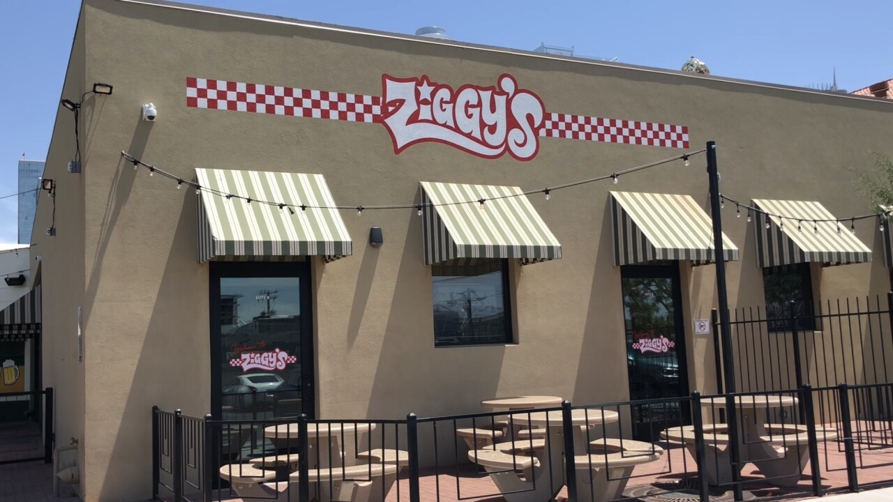 Ziggy's Pizza 3