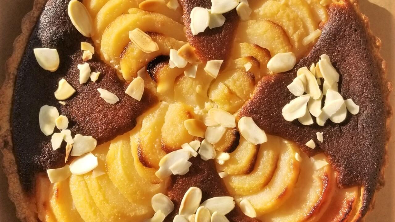 Pear almond pastry cream tarte