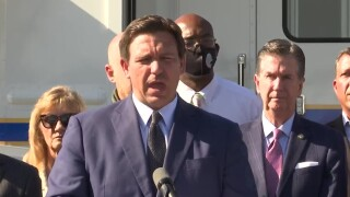 Florida Gov. Ron DeSantis gives a COVID-19 update in Manatee County on April 13, 2021.jpg