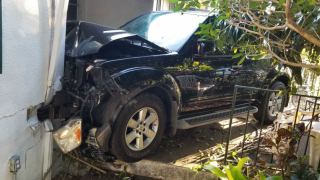 SUV crashes into St. Petersburg home