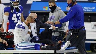 Cowboys QB Prescott hurt against Giants