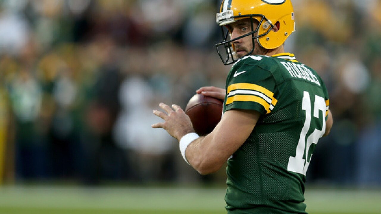 Rodgers questionable for Packers game with Vikings