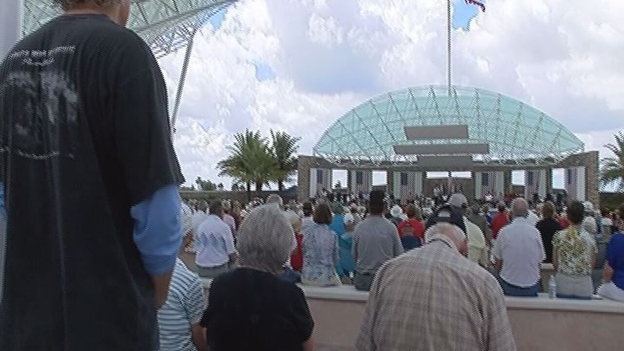 Thousands gather to honor fallen soldiers in Sarasota