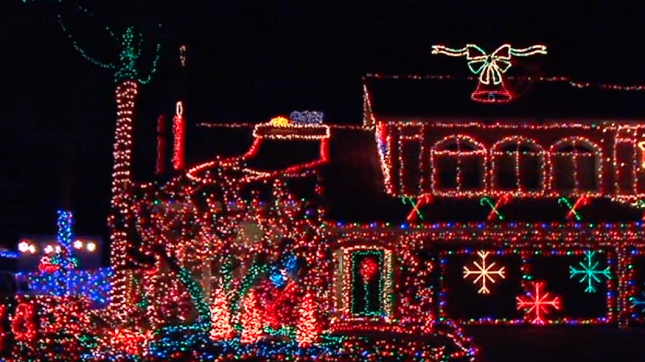 san diego christmas lights_1.png