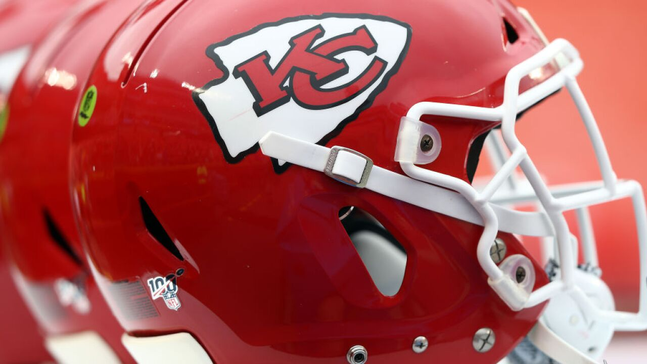 Chiefs to ban headdresses, review allowing 'Arrowhead Chop'