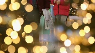 Holiday shopping 122319