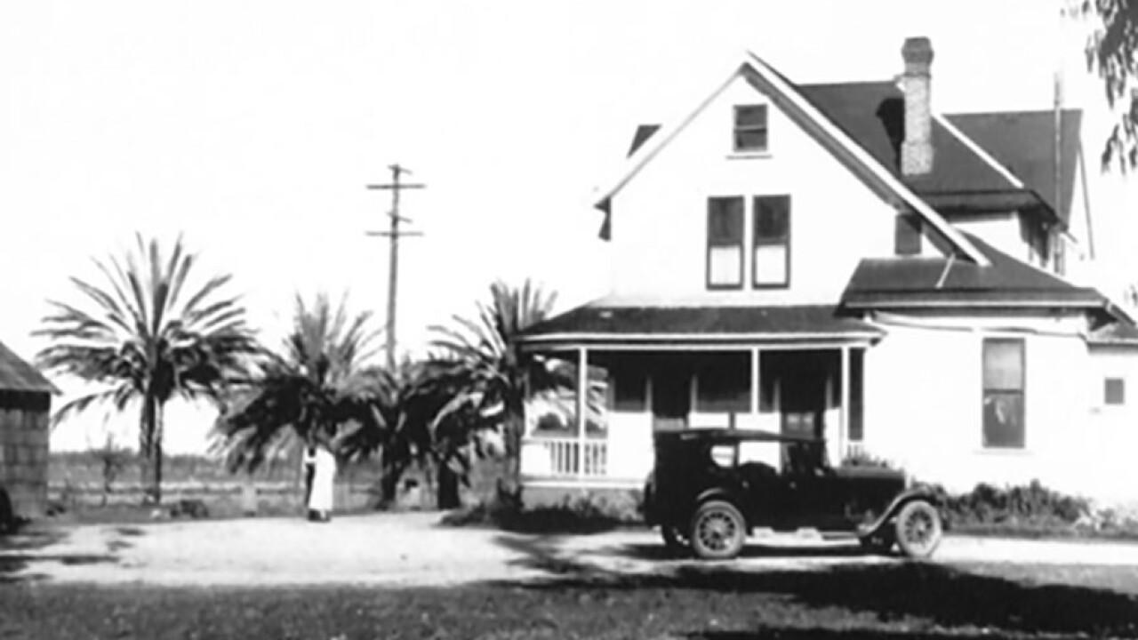 hall_family_ranch_house_1920.jpg