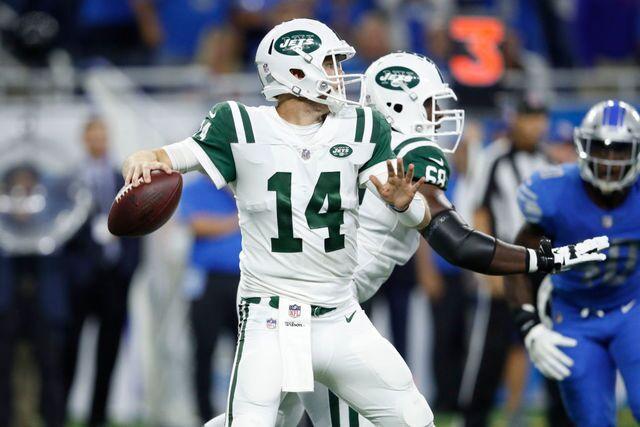 Photo gallery: Detroit Lions vs. New York Jets on Monday Night Football