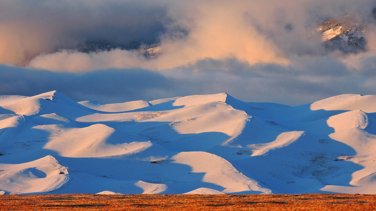 Snow on the Great Sand Dunes National Park and Preserve in Winter (6).jpg