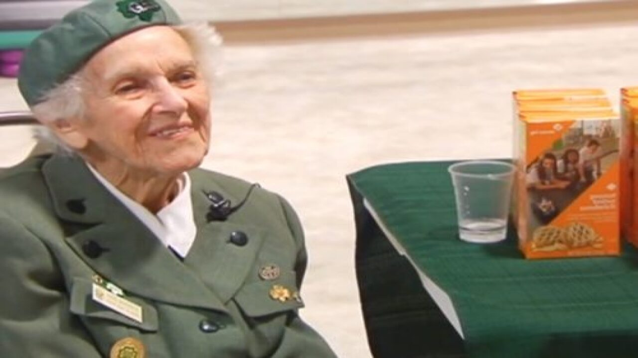 A 98-year-old Woman Has Been Selling Girl Scout Cookies Since 1932