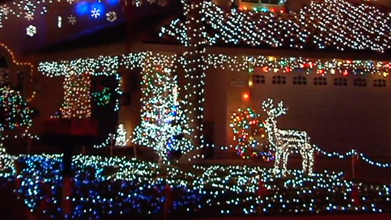 Christmas Displays San Diego Ca 2020 MAP: San Diego's best holiday light displays to see this year
