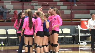 Corvallis volleyball using size as an advantage in dominant run