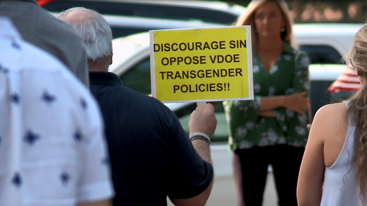 Virginia Beach School Board transgender policy meeting (September 14) 2.PNG