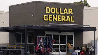 Dollar General's first hour for seniors only, locations to begin closing an hour early