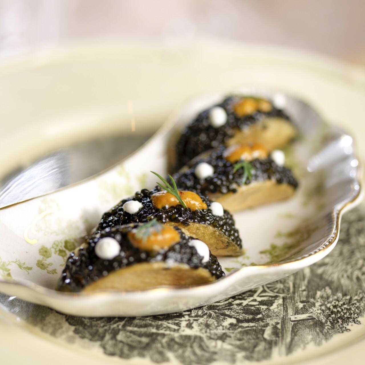 Balsamic caviar