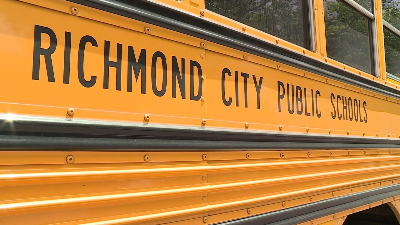 Superintendent cancels school after 700-plus Richmond teachers take off to rally GeneralAssembly