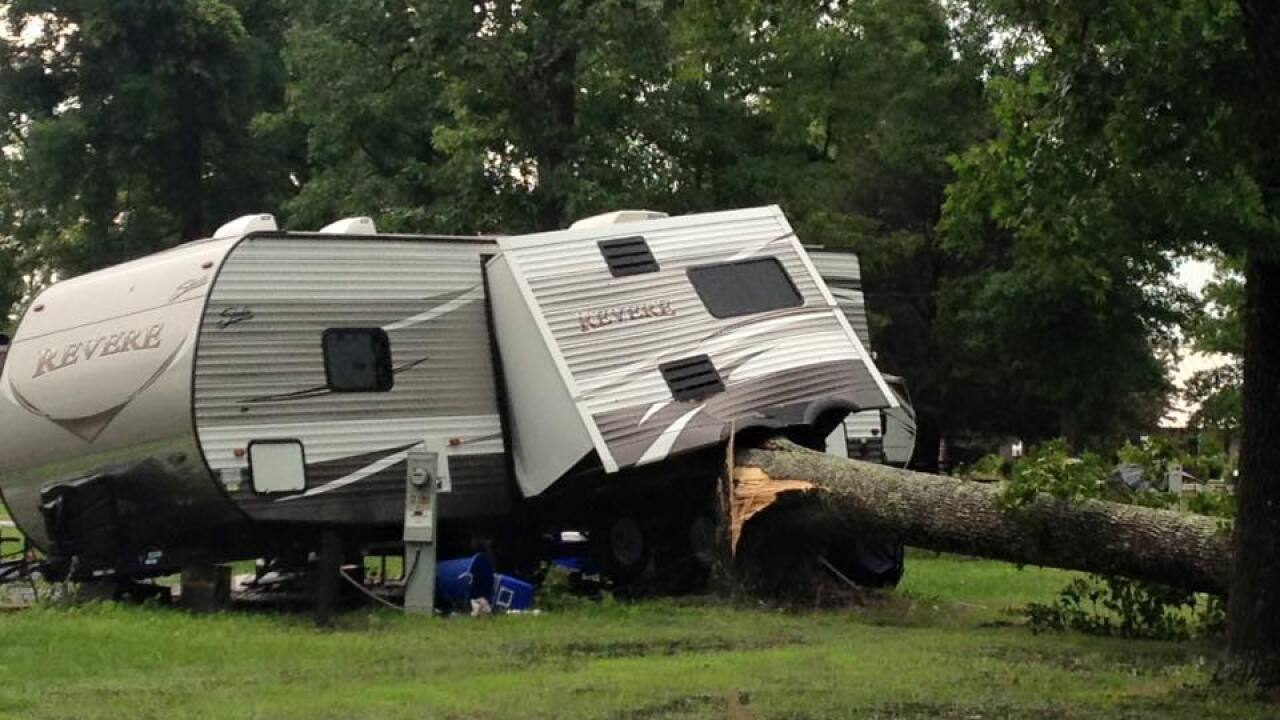 Several campers overturn after thunderstorm in Gloucestercampground